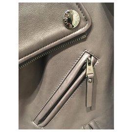 Louis Vuitton-Perfecto-Noir