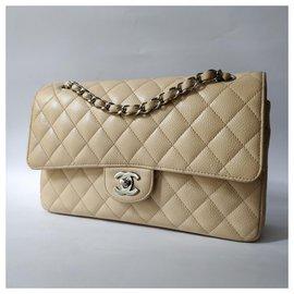 Chanel-Sac à rabat doublé classique moyen intemporel-Beige