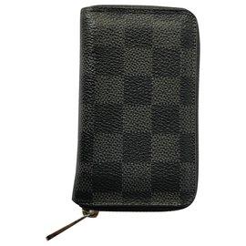 Louis Vuitton-ZIP Around-Noir