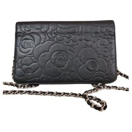 Chanel-Woc camelia-Black