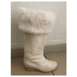 Chanel-Fur-lined boots-White
