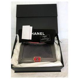 Chanel-Nouveau Medium w / card, boîte à aimants-Silvery,Metallic,Dark grey