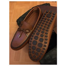 Louis Vuitton-Moccasin man leather light brown ears-Light brown