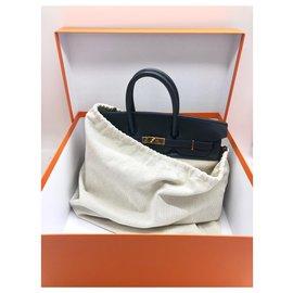 Hermès-Sacs à main de marque Hermès modèle Birkin 35 cm en toile beige H et cuir swift bleu.-Bleu