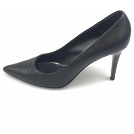 Burberry-Burberry Black Leather Stilettos-Black