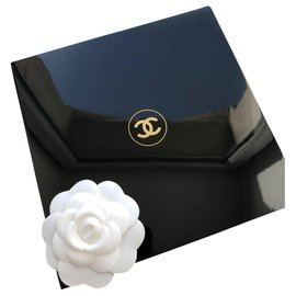 Chanel-BLACK LACQUER BOX SUBLIMAGE CHANEL-Black