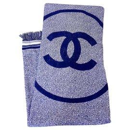 Chanel-Serviette Chanel neuf-Blanc,Bleu