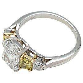 inconnue-Bague platine et or jaune diamant rectangulaire brillanté, 2 carats.-Autre