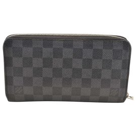 Louis Vuitton-Louis Vuitton Zippy-Grey