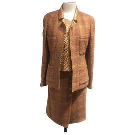 Chanel-Skirt suit-Beige,Golden