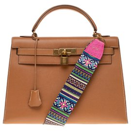 Hermès-hermes kelly 32 saddle leather courchevel gold with fancy shoulder strap John R with pink crocodile finish, golden jewelry!-Golden