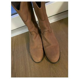 Chanel-Boots-Caramel