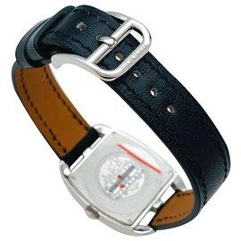 """Hermès-Montre Hermès modèle """"Cape Cod Tonneau"""" en acier et diamants sur cuir.-Autre"""