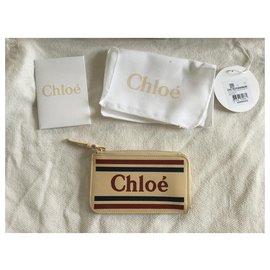 Chloé-Vick-Beige
