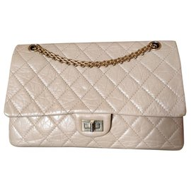 Chanel-Reissue 226-Beige