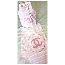 Chanel-Lot sac à dos et serviette neuf-Rose,Blanc
