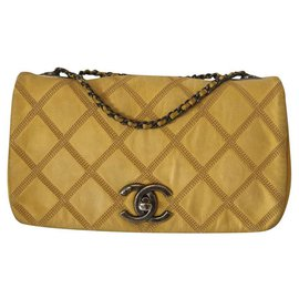 Chanel-Classic CHANEL-Yellow
