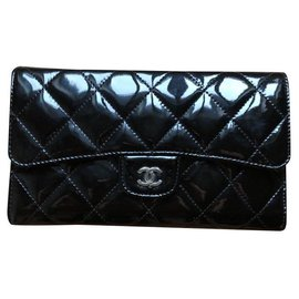 Chanel-Grand portefeuille long à rabats-Noir