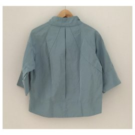Louis Vuitton-Vestes-Bleu clair