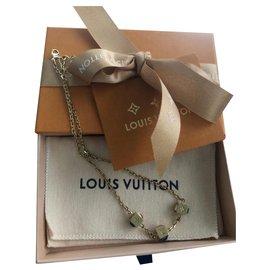 Louis Vuitton-Collier Gamble-Doré