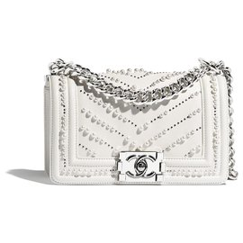 Chanel-Small bag BOY CHANEL white prle-White