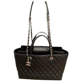 Chanel-Chanel shoulder tote bag-Black