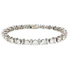 Boucheron-Boucheron diamond line bracelet in platinum.-Other