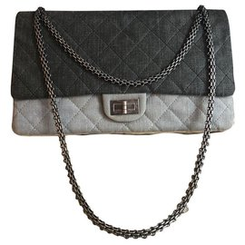Chanel-Chanel Reissue 2.55-Grey