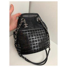 Chanel-Chanel bucket-Black