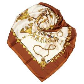 Hermès-Hermes White Parures des Sables Silk Scarf-White,Multiple colors