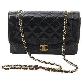 Chanel-Chanel Diana-Black