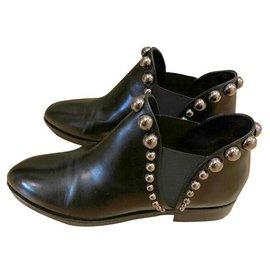 Alaïa-Boots-Black