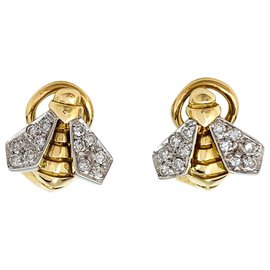 inconnue-Two gold and diamond bee earrings.-Other
