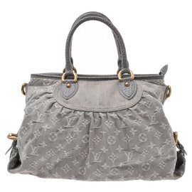 Louis Vuitton-Louis Vuitton handbag-Grey