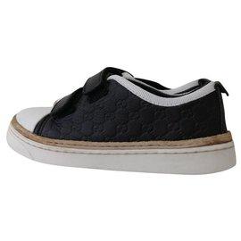 Gucci-Sneakers-Black