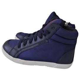 Prada-sneakers-Bleu