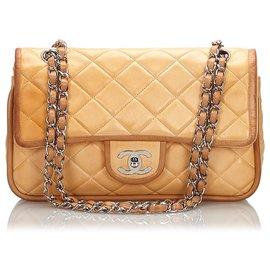 Chanel-Sac à rabat doublé en peau d'agneau brun moyen Chanel-Marron,Beige,Marron clair