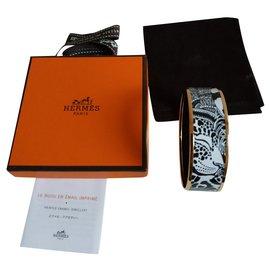 Hermès-Jaguar Quetzal émail et plaqué or-Blanc