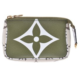 Louis Vuitton-Louis Vuitton Goods-Green