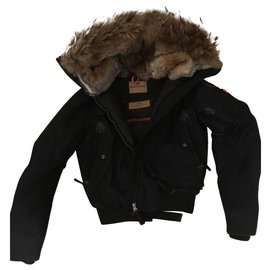 Parajumpers-Puffy jacket-Black