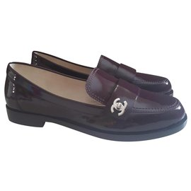 Chanel-Loafers-Dark red