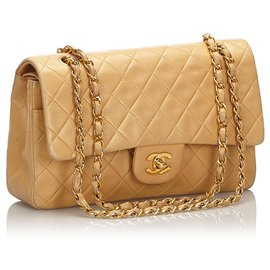 Chanel-Chanel Brown Classic Medium Lambskin lined Flap Bag-Brown,Beige