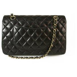 Chanel-Petit sac à rabat doublé classique en cuir d'agneau noir CHANEL Finition dorée-Noir