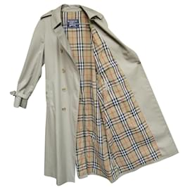 Burberry-vintage Burberry women's trench coat 44 Perfect condition-Beige
