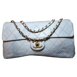 Chanel-sac à rabat-Écru