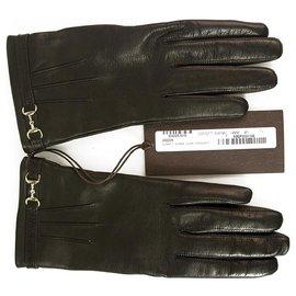 Gucci-Gants en cuir noir pour femmes de Gucci avec une taille de cheval et un logo de ton argent 7.5-Noir