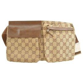 Gucci-Pochette à la taille en toile Gucci GG-Marron