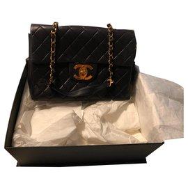 Chanel-Sac Chanel jumbo-Noir