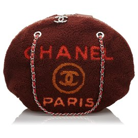 Chanel-Chanel Red Shearling Deauville Round Shoulder Bag-Red,Dark red