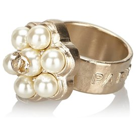 Chanel-Chanel White CC Faux Pearl Ring-Silvery,White